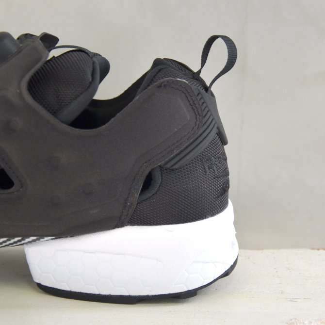 REEBOK(リーボック)/ INSTAPUMP FURY OG -BLACK/WHITE-(10)
