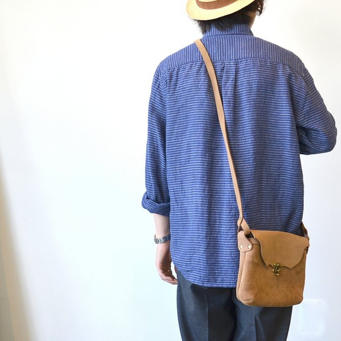 FERNAND LEATHER(フェルナンド・レザー) Horizontal  Latch Pouch M-BEIGE SUEDE-(4)