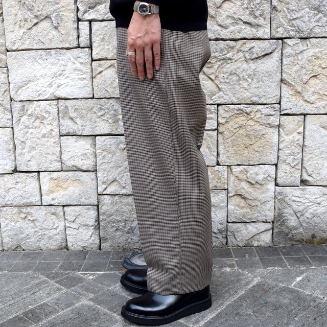YOKE(ヨーク)/FIVE COLORS PLAID WOOL 1TUCK WIDE TROUSERS -BEIGE PLAID- #YK19AW0048P(4)
