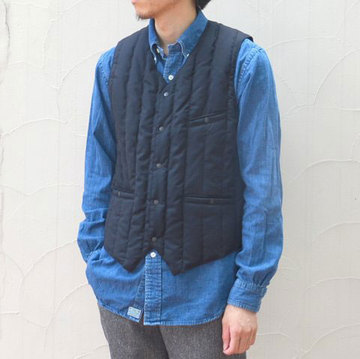 【30% off sale】Rocky Mountain Featherbed(ロッキーマウンテンフェザーベッド) DOWN GILLET -NAVY- 【S】