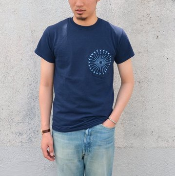 【30% off sale】THE DAY(ザ・デイ) THE DAY(ザ・デイ)/ON THE BEACH Pocket-T -NAVY-