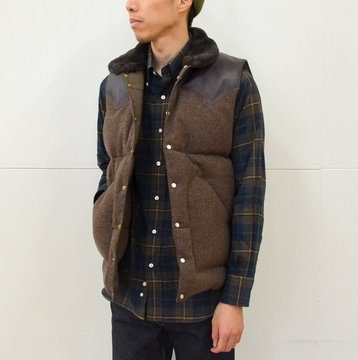 Rocky Mountain Featherbed(ロッキーマウンテンフェザーベッド)/ CHRISTY DOWN VEST/TWEED -(150)BROWN- #450-512-06-BR
