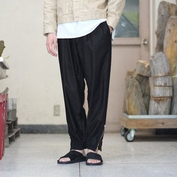 blurhms(ブラームス) / Cupro Cotton Side Zipper Wide Pants  -BLACK- BHS-18SS012