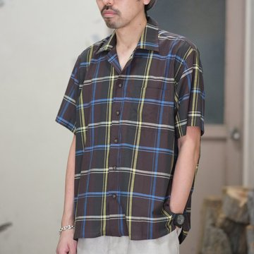 INDIVIDUALIZED SHIRTS(インディビジュアライズドシャツ)/ Check Camp Collar Shirt S/S (AthleticFit) -BROWN CHECK- #IS1812119