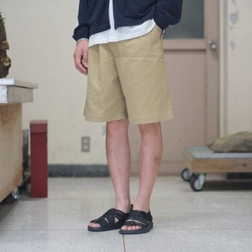 AURALEE(オーラリー) WASHED FINX LIGHT CHINO WIDE SHORTS -KHAKI BEIGE- #A8SP02CN
