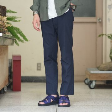 ANATOMICA (アナトミカ) Trim Fit Pants[POPLIN] -NAVY-