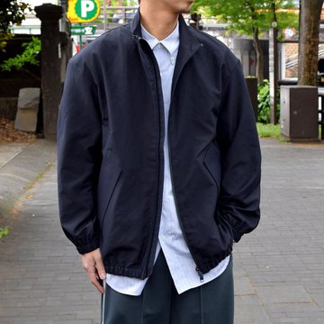 DESCENTE PAUSE (デサントポーズ)/STAND COLLAR ZIP UP BLOUSON-NAVY- #DLMNJC37