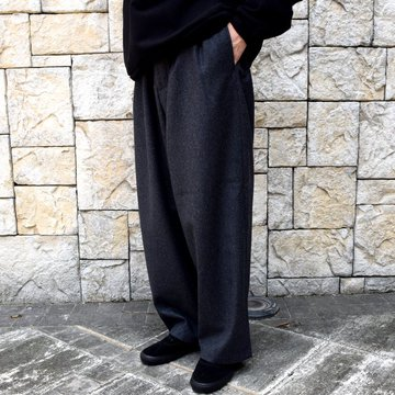 is-ness(イズネス)/ COJ NU WIDE EZ PANTS -CHARCOAL-  #30AWPT05-BR