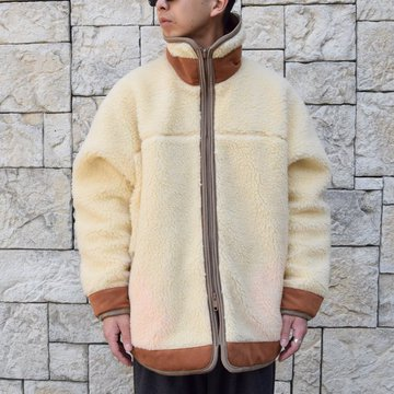 is-ness(イズネス)/REVERSIBLE QUILTED FLEECE JACKET
