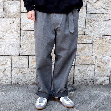 【2020】Graphpaper(グラフペーパー)/ COLORFAST DENIM BELTED PANTS -GRAY- #GM201-40096B