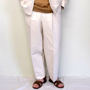 MARKAWARE(マーカウェア)/ DOUBLE PLEATED TROUSERS -WHITE- #A21A-02PT01C