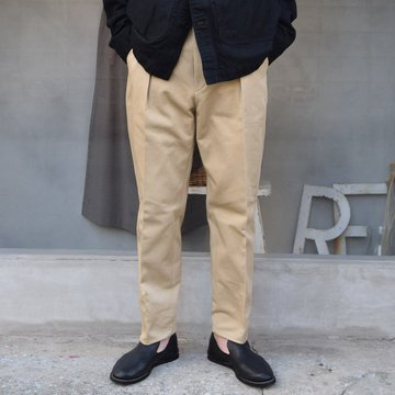 NEAT(ニート)/ THE KATSURAGI ONE TUCK -BEIGE- #21-01TKOT