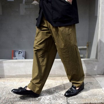 FRANK LEDER(フランクリーダー)/ 2TUCK DRAWSTRING TROUSERS WITH SEED