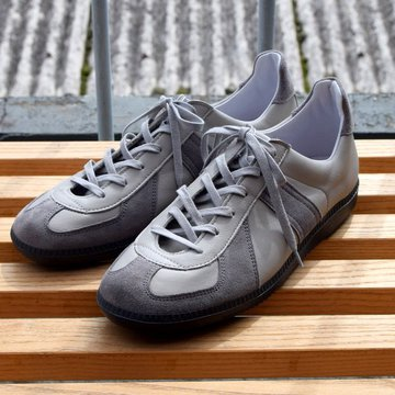 REPRODUCTION OF FOUND for Graphpaper GERMAN MILITARY TRAINER -GRAY- #GU211-90151