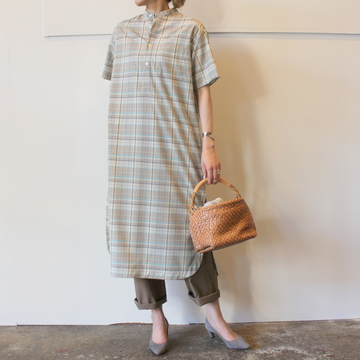 【30%OFF SALE】AURALEE(オーラリー) SUPER LIGHT WOOL CHECK HALF SLEEVED ONE-PIECE_A9SD03LC【K】