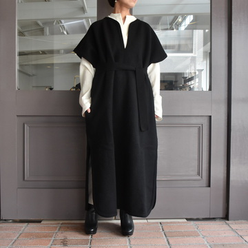 CristaSeya(クリスタセヤ)/FELTED WOOL CAFTAN -BLACK- #13S-B