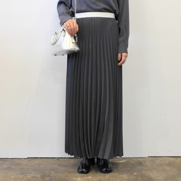 Graphpaper(グラフペーパー)【20 AW】Satin Long Pleats Skirt(2色展開)_GL203-40006【K】