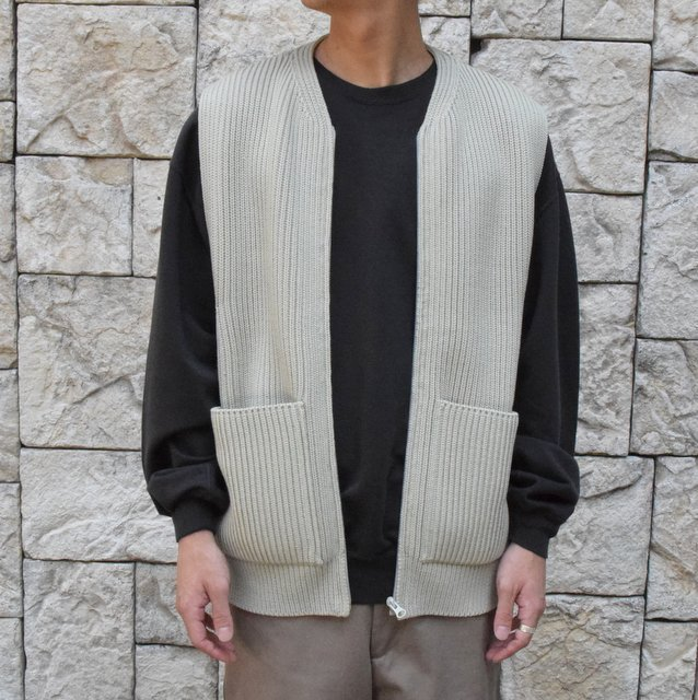 【30% OFF SALE】【2019AW】 AURALEE(オーラリー)/SUPER FINE WOOL RIB KNIT ZIP VEST #A9AV03RK-GRN(1)