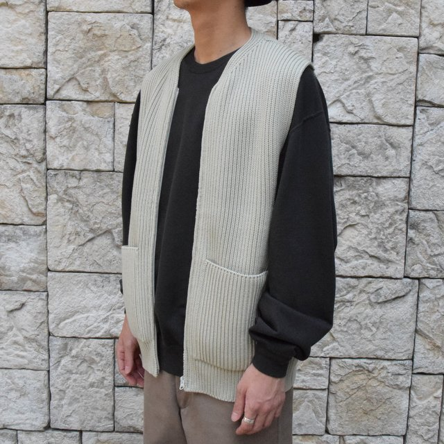 【30% OFF SALE】【2019AW】 AURALEE(オーラリー)/SUPER FINE WOOL RIB KNIT ZIP VEST #A9AV03RK-GRN(2)