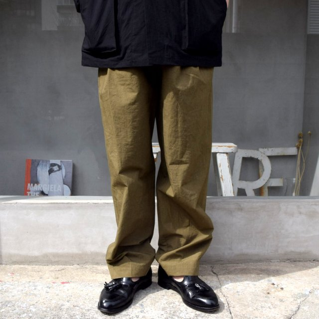 FRANK LEDER(フランクリーダー)/ 2TUCK DRAWSTRING TROUSERS WITH SEED(2)