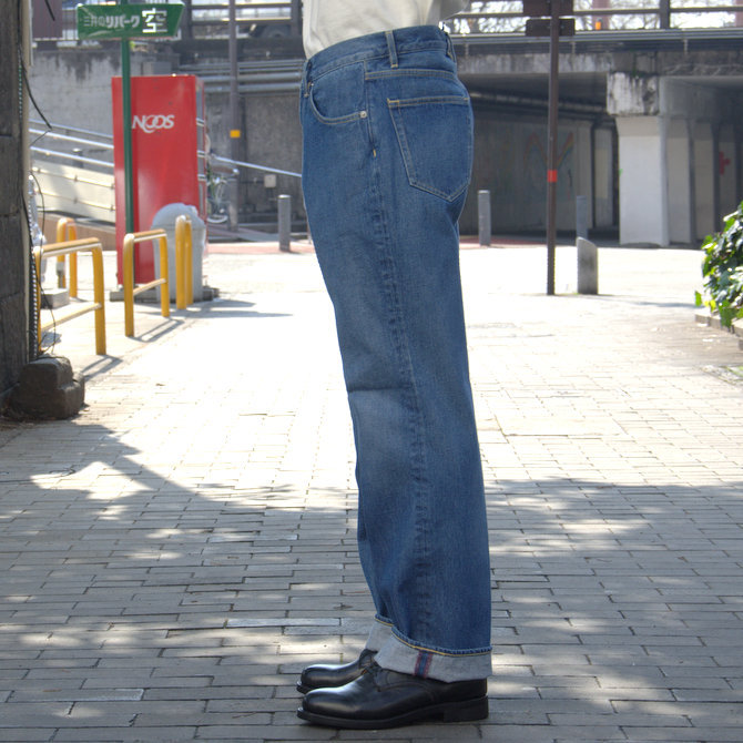 【20 SS】 AURALEE(オーラリー)/ WASHED HARD TWIST DENIM 5P PANTS #LIGHT INDIGO  A20SP07DM(3)