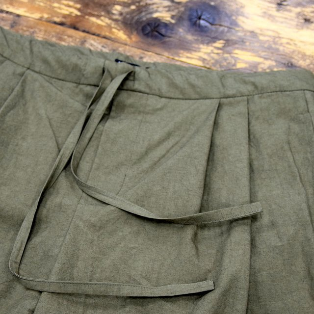 FRANK LEDER(フランクリーダー)/ 2TUCK DRAWSTRING TROUSERS WITH SEED(3)