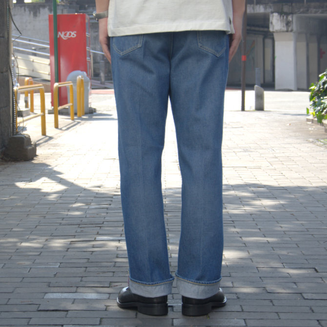 【20 SS】 AURALEE(オーラリー)/ WASHED HARD TWIST DENIM 5P PANTS #LIGHT INDIGO  A20SP07DM(4)