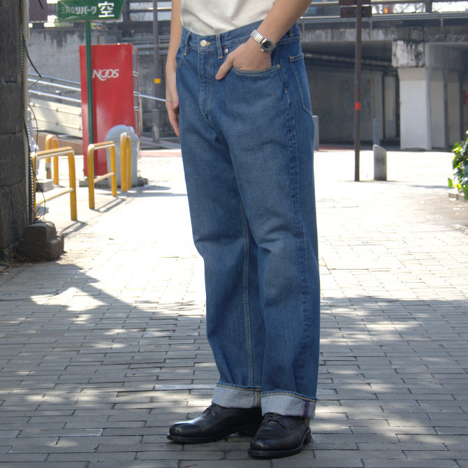 【20 SS】 AURALEE(オーラリー)/ WASHED HARD TWIST DENIM 5P PANTS #LIGHT INDIGO  A20SP07DM(6)