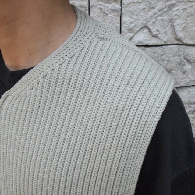 【30% OFF SALE】【2019AW】 AURALEE(オーラリー)/SUPER FINE WOOL RIB KNIT ZIP VEST #A9AV03RK-GRN(7)