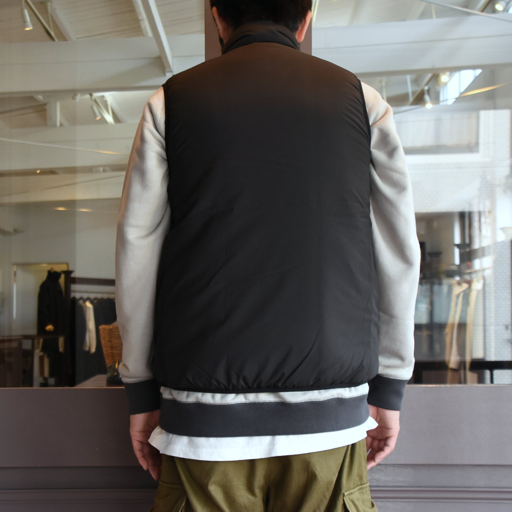 【2020】South2 West8(サウスツーウエストエイト)Insulator Vest-Peach Skin-BLACK- #HM813(8)