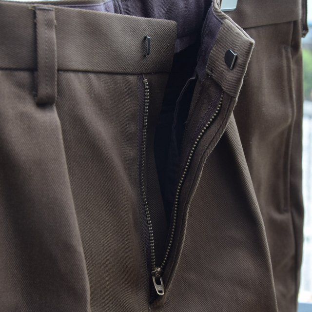 BROWN by 2-tacs (ブラウンバイツータックス)/ Straight slacks -BROWN- B25-P005(8)