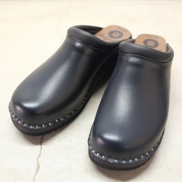 Troentorp(トロエントープ) SWEDISH CLOG - PLAIN TOE / SMOOTH -Blk/Blk-