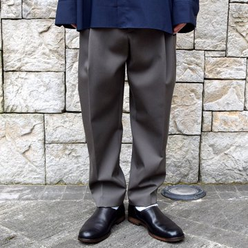 stein/シュタイン TWO TUCK WIDE TROUSERS ST098-1-KH