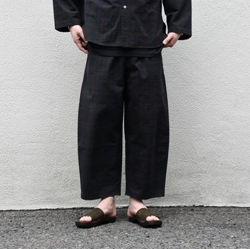 【2020 SS】 Cristaseya(クリスタセヤ)/ STRIPED SEERSUCKER MOROCCAN PAJAMA PANTS -Black/Brown striped#03DA-S-ST