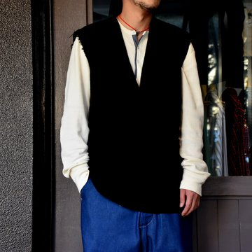 TAKAHIRO MIYASHITA The SoloIst.(タカヒロミヤシタ ザ ソロイスト)side buttoned sleeveless v neck medical shirt #ss.0006bAW20
