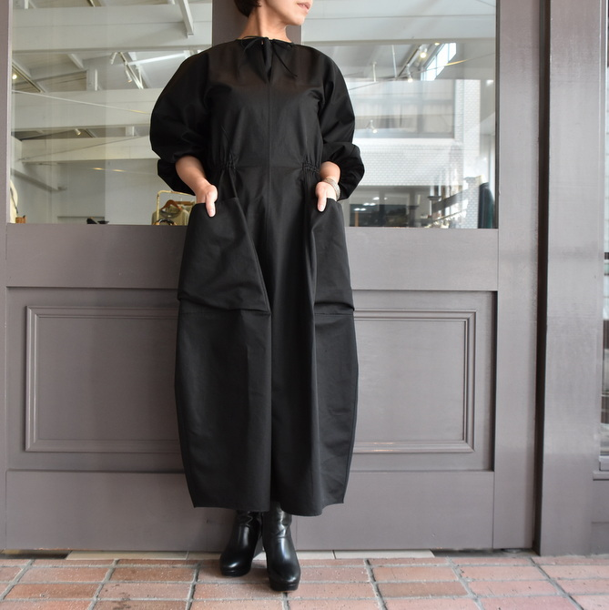 TENNE HANDCRAFTED MODERN(テン ハンドクラフテッドモダン) VOLUME SLEEVE DRESS #0014DR(2)