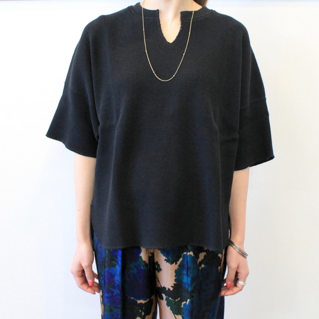 Graphpaper(グラフペーパー)【20 SS】Waffle S/S Slit Neck Tee(2色展開)_GL201-70130B【K】(9)