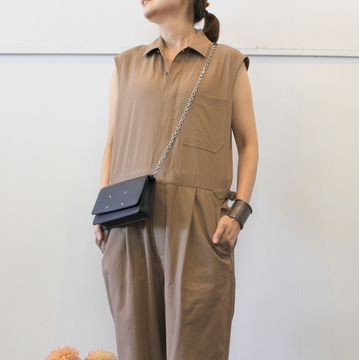 AURALEE(オーラリー) 【20SS】FINX HARD TWIST GABARDINE SLEEVELESS JUMPSUIT A20ST04FB【K】