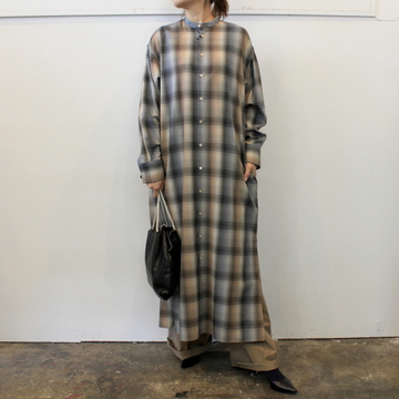 AURALEE(オーラリー)【20AW】SUPER LIGHT WOOL CHECK MAXI OP_A20AD02LC【K】