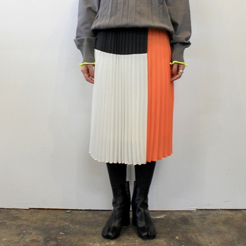 【30% off sale】(グラフペーパー)【20 AW】Satin Block Pleats Skirt_GL203-40005【K】