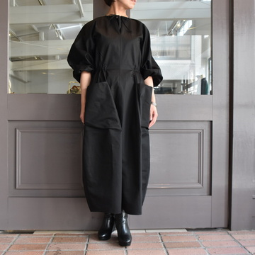 TENNE HANDCRAFTED MODERN(テン ハンドクラフテッドモダン) VOLUME SLEEVE DRESS #0014DR
