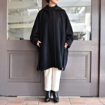 TENNE HANDCRAFTED MODERN(テン ハンドクラフテッドモダン) SUPER 180'S WOOL CAPE WITH HOOD #0020CT